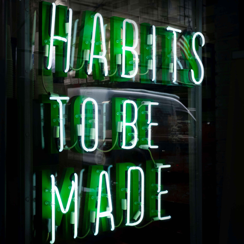 776 - Ler é um hábito que devemos ter em nossas vidas. Principalmente em inglês!