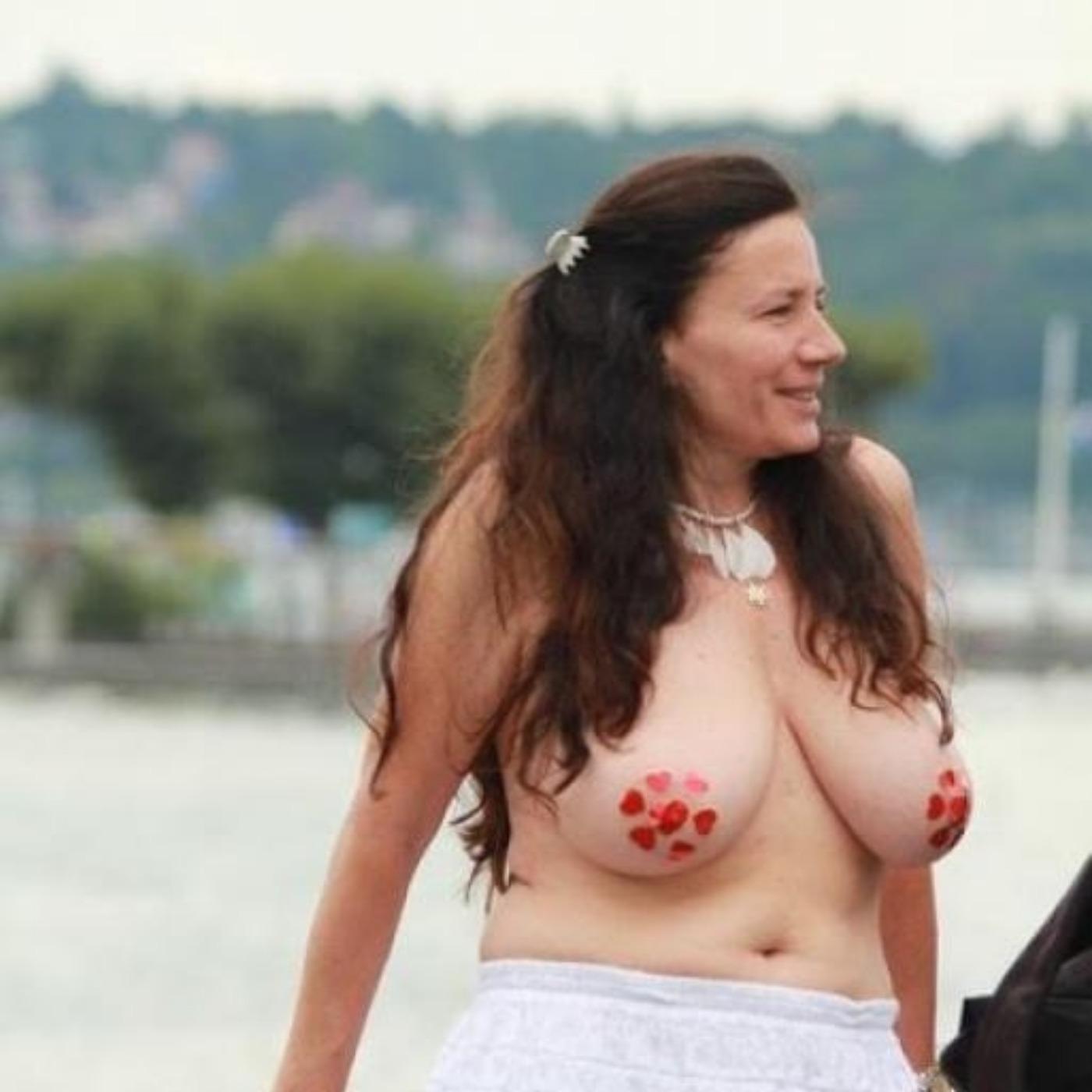Épisode 7 - Go Topless, l'égalité n'est pas une obscénité