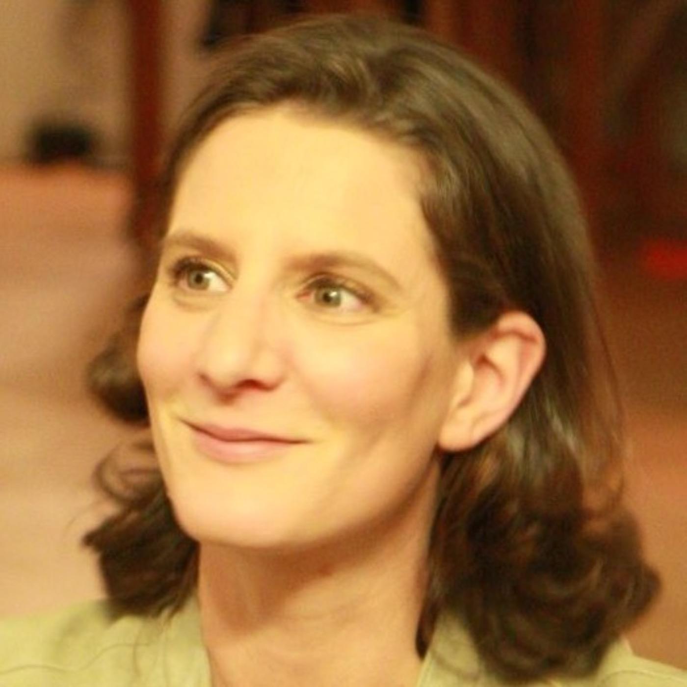 #77 - DIRECTRICE DES RESSOURCES HUMAINES : Solène HÉBERT - Rester droit.e dans ses bottes