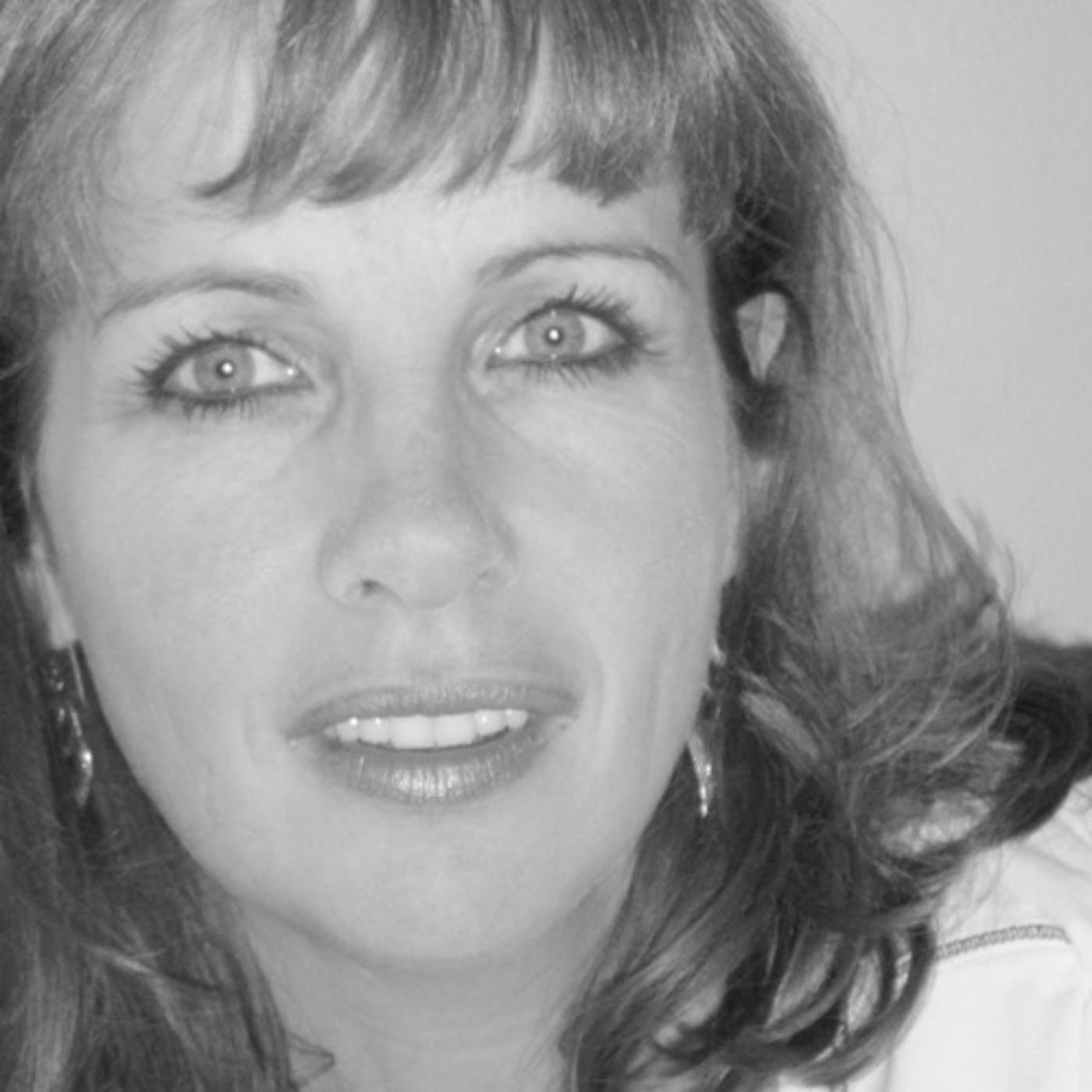 Épisode #42 - Clothilde Poivilliers : Arrêter de se trouver nul.le pour avoir confiance et estime de soi !