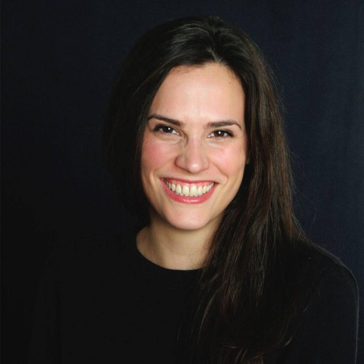 Épisode #33 - Marion Thelliez : Se reconnecter à son féminin sacré ; découvrir les cycles de la femme et les rituels