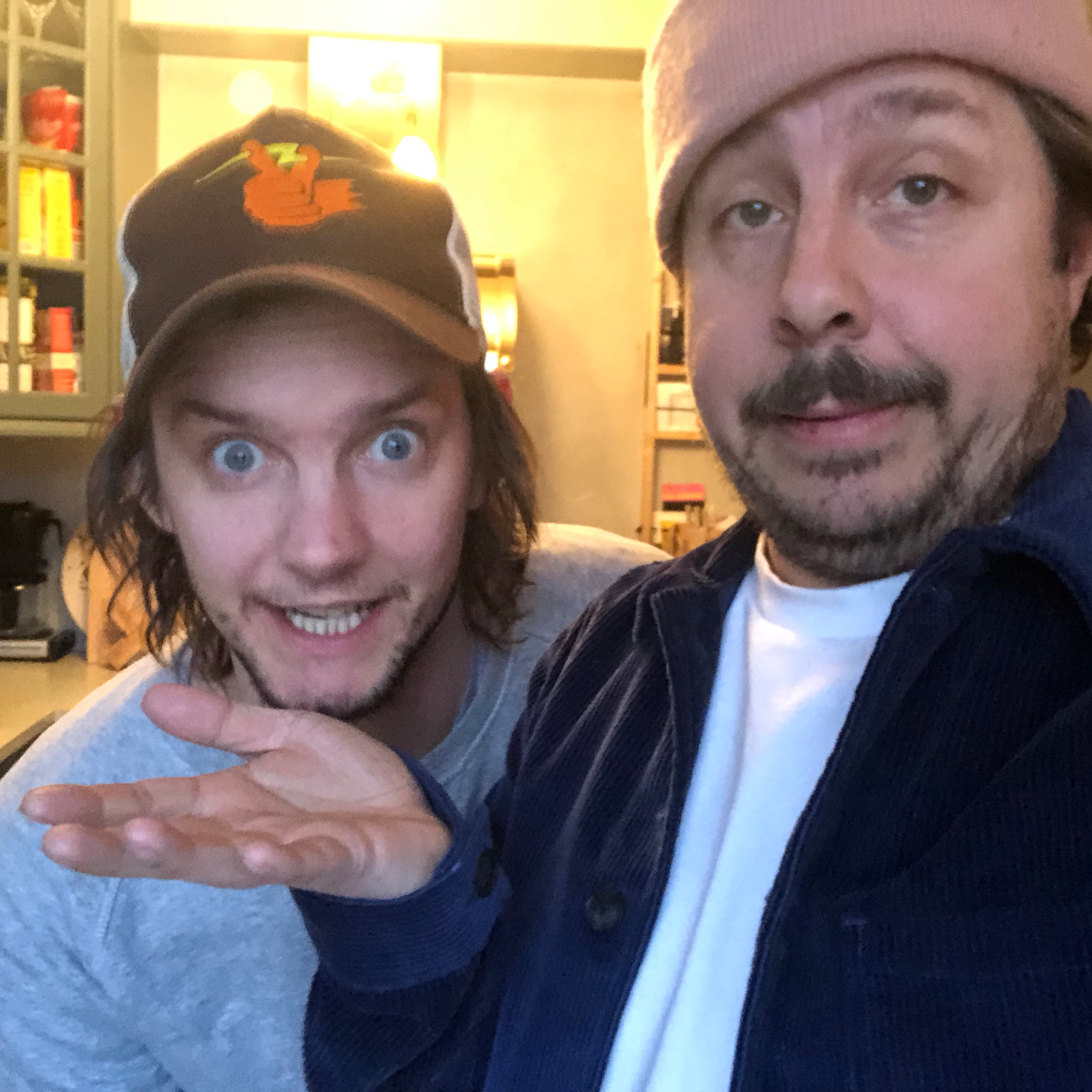 Macka 83: We like pizza in the morning
