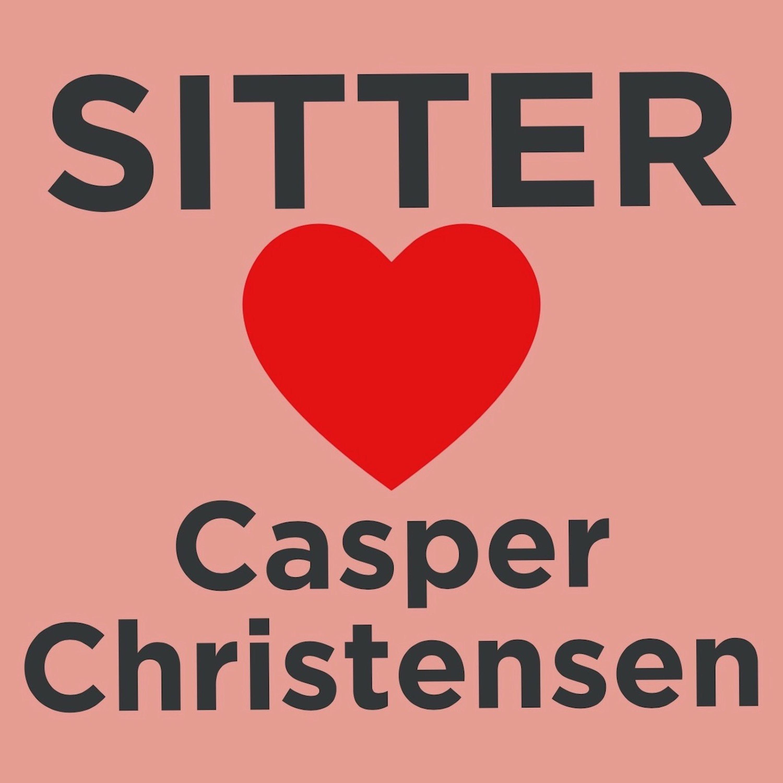 Sitter Elsker: Casper Christensen